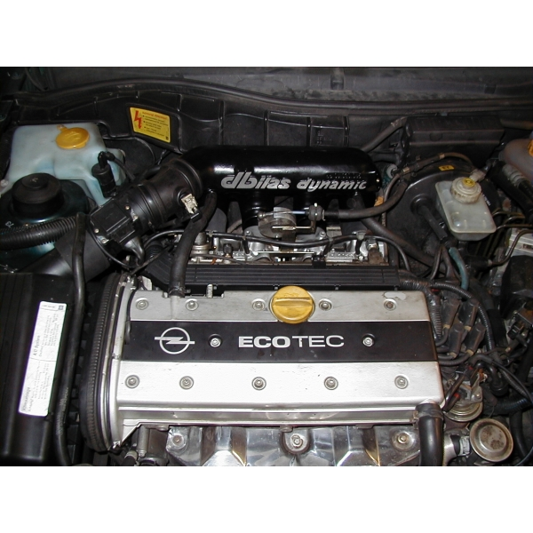 Einzeldrosselklappen- Einspritzung Opel 2,0 16V 100kW X20XEV
