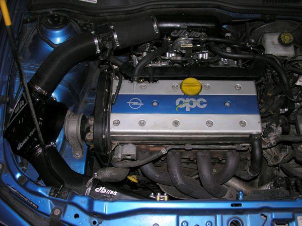 Einzeldrosselklappen- Einspritzung Opel 2,0 16V 118kW X20XER